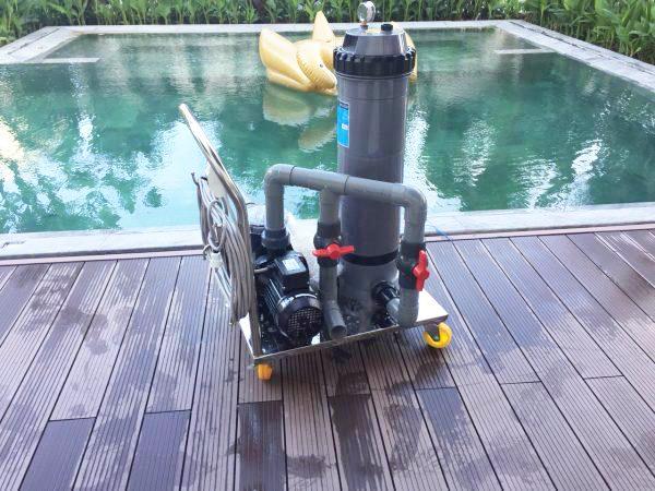 Bộ lọc vệ sinh hồ bơi di động